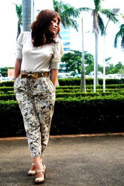 beige from Korea blouse - beige shoes - green trousers vintage