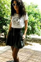 leather- like skirt - Las Vegas t-shirt