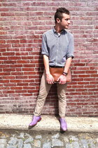 brown coach bag - light purple wingtip Cole Haan shoes