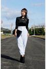 Black-patent-clutch-anne-klein-bag-off-white-high-waist-ralph-lauren-pants