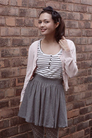 heather gray H&M skirt - ivory Jay Jays top - light pink Primark cardigan