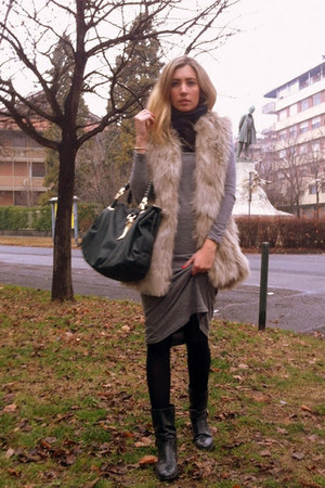 black Zara jumper - black carshoe boots - heather gray Topshop dress