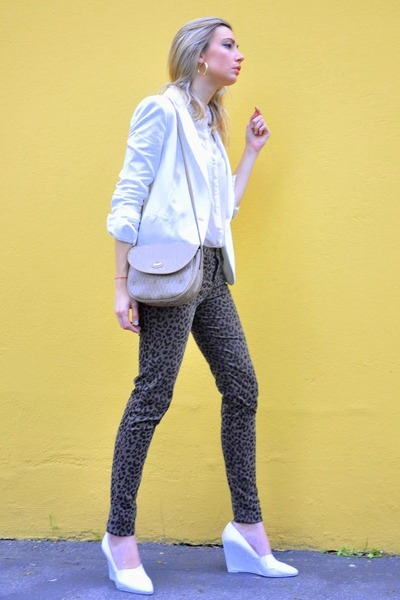 white Zara blazer - white Zara shirt - brown Zara pants
