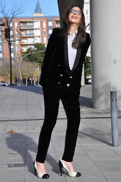black Zara blazer - ivory Sfera shirt - black Zara pants - white Chanel heels