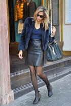 black vintage skirt - navy Zara coat - teal liu jo bag - black Oakley sunglasses