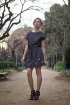 navy Zara skirt