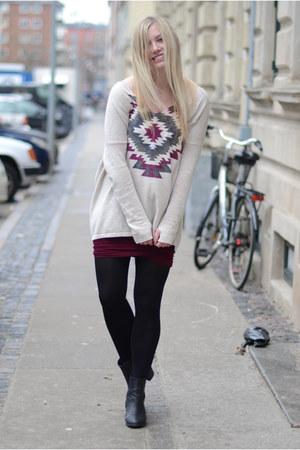 brick red Moss Copenhagen skirt - beige Moss Copenhagen blouse