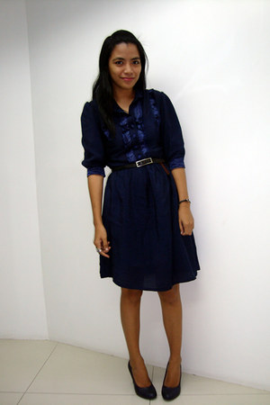 Privileged shoes - thrift dress - Divi ring - leather thrift belt - Mango watch