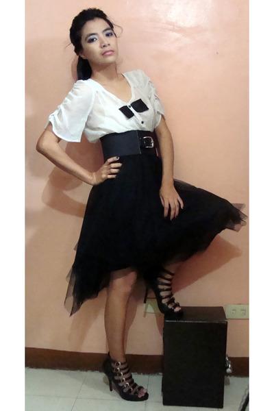 gray saveonfashion top - black saveonfashion skirt - black SM Dept Store belt -