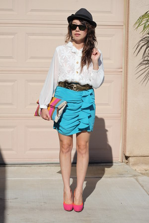 silver banana republic hat - sky blue Forever 21 shirt - bubble gum Aldo bag