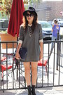 Heather-gray-from-japan-dress-navy-vintage-leather-bag