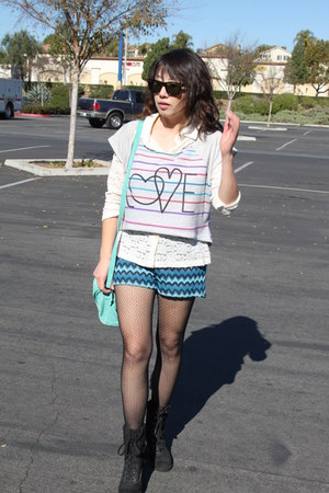 black Aldo boots - off white Forever 21 sweater - sky blue H&M shorts