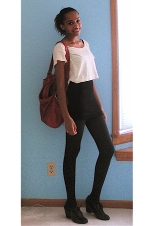 beige American Apparel t-shirt - black Forever 21 dress - black tights