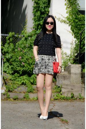 black Olivia top - eggshell H&M heels