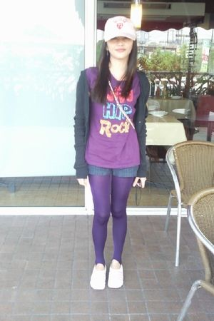 Rusty Lopez shirt - GGozum sweater - Cimbada shorts - So FAB leggings - Skechers