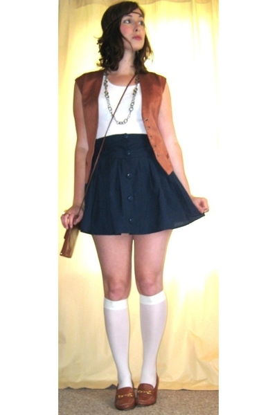 vest - skirt - shoes