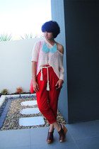 hot pink rotan thrifted bag - red carrot iconia pants