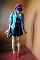 purple - blue jacket - blue - black skirt - red shoes - gray