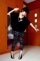 batwing top - from aussie tights - randrom brand shoes - from frens accessories