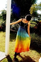 top - accessories - rainbow skirt