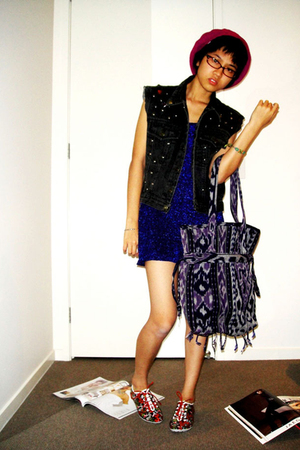 hat - dress - traditional woven bag - shoes