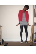 second hand sweater - H&M vest - Converse shoes - Primark hat