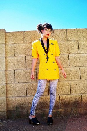 yellow vintage blazer - black Forever 21 necklace - gray Icing leggings - black 