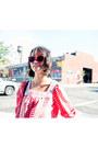 Bubble-gum-neon-matte-misspouty-sunglasses-red-misspouty-tie