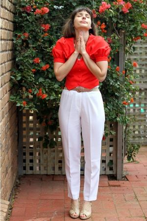 red from Bali necklace - red handmade top - white Judells pants - beige novo sho