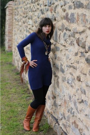 blue Secondhand dress - beige Etsy scarf - black MNG jeans - brown Secondhand bo