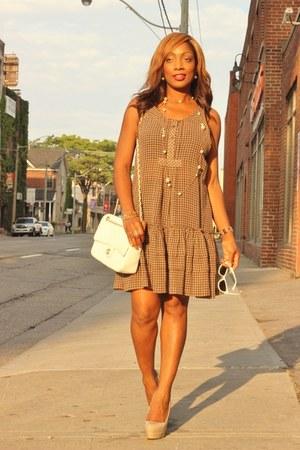 winners dress - Chanel purse - GoMax pumps