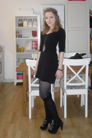 black Mango dress - black dune shoes - gold Owl necklace - H&M stockings