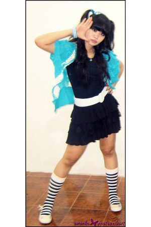 socks - flats SPORTS SPORE shoes - tutu skirt - bracelet - belt - cardigan