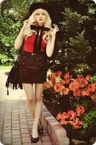 skirt - hat - top
