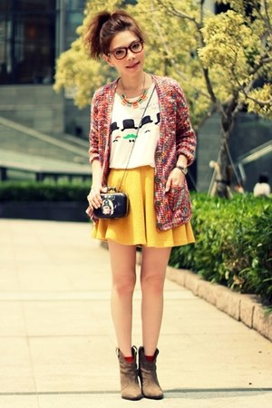yellow skater skirt - light brown suede Zara boots - black bag - red cardigan