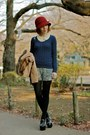 Heather-gray-shorts-maroon-cloche-hat-hat-navy-cashmere-uniqlo-sweater
