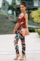 turquoise blue colours splash H&M pants - light pink gold studs bag