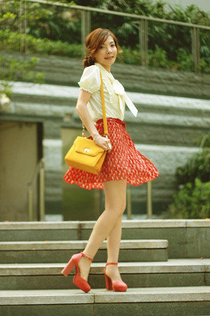 red cats print skirt - mustard bag - red heels - eggshell pussy bow blouse