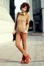 Light-orange-cut-out-boots-camel-h-m-sweater-dark-brown-alexa-mulberry-bag