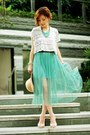 Turquoise-blue-necklace-camel-monki-hat-teal-maxi-tulle-skirt