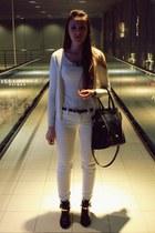 white Bershka jeans - black sammydress boots - white H&M shirt