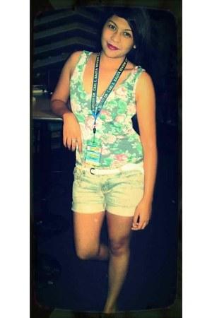 NafNaf blouse - shorts - belt