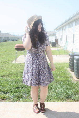 Peacock Plume shoes - Target hat - 6 thrifted vintage romper
