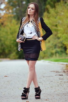black Sheinside blazer