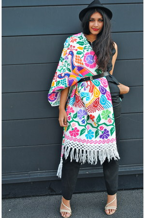 Crafty Cloth scarf - Crafty Cloth scarf - Crafty Cloth cape