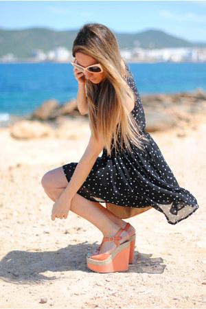 dotted romwe dress - Primark bag - retro romwe sunglasses