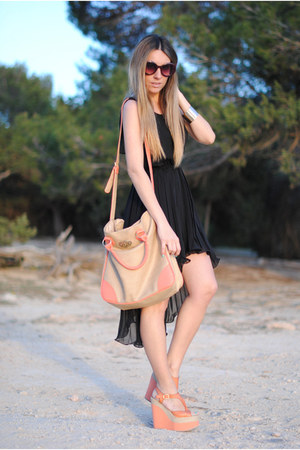 pleated Queens Wardrobe dress - Primark bag - retro romwe sunglasses