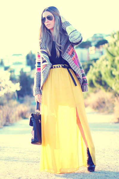 Coosy skirt - Rebeca Sanver boots - desigual cardigan
