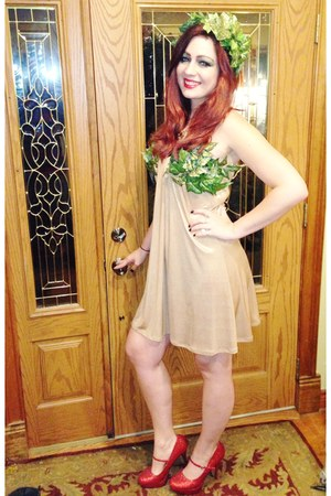 ruby red Charlotte Russe heels - gold DIY dress - green DIY hair accessory