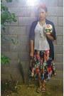 Black-floral-dress-hat-scarf-brown-sandals-sandals